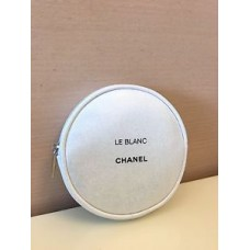 7a8f85cb0452 CHANEL BEAUTE Bling Bling White Makeup Cosmetic Earphone Bag / Coins Purse
