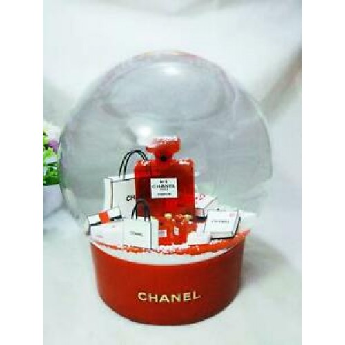 Chanel 2019 Demo Globe No 5 Red Large Snow Globe /