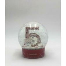 Chanel no 5 red large snow globe. Electric chanel snow globe. Rechargable