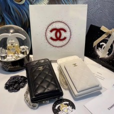 CHANEL BEAUTÉ GIFT - Black / White Phone & Card Holder