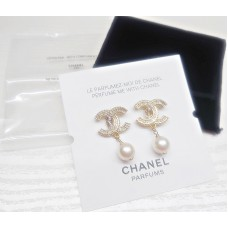 Chanel CC Logo Earrings  with Pearl - Rare - Limited Edition