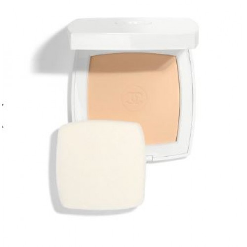 Chanel  Le Blanc Whitening Compact Foundation Long Lasting Radiance-Thermal Comfort SPF25 / PA+++