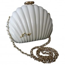 1ce1522a9ea5 Chanel CC Runway Chain Pearl Bag Clasp -Clam Shell- LIMITED EXCLUSIVE VIP  GIFT